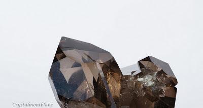 cristal de quartz fumé trouvé dans le Mont-Blanc