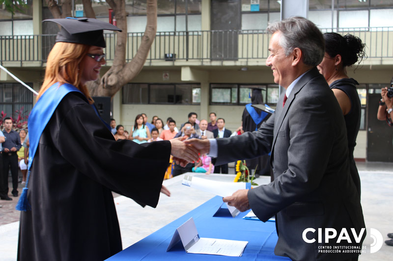 Centro institucional de produccion audiovisual ceremonia for Licenciaturas sabatinas