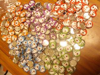 Chapas personalizadas para la asociacion Yatiqueti Logroño