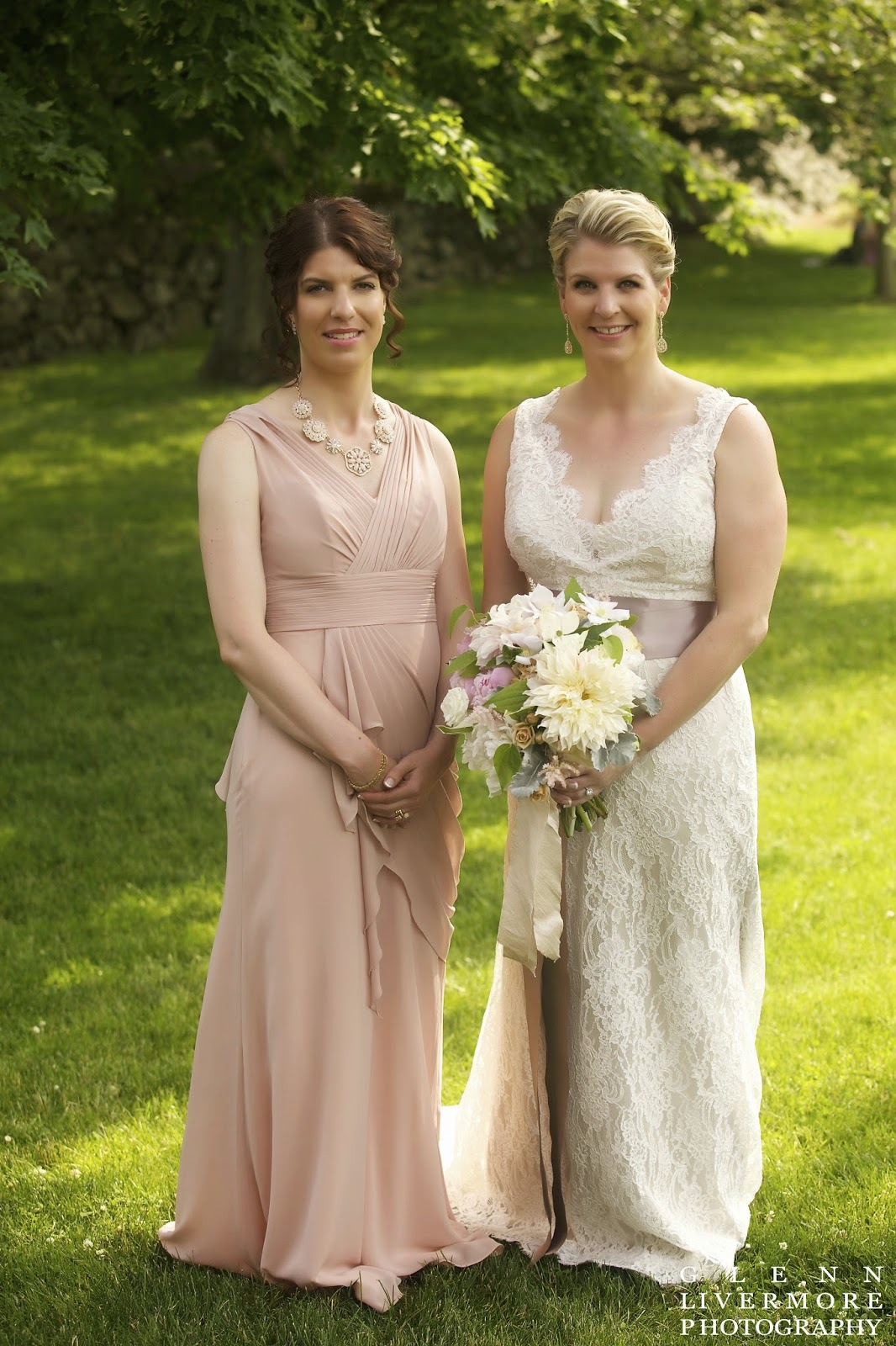 lace bridal gown with blush dusty rose pink : new england summer estate wedding : lanam club : glenn livermore photography : les fleurs : ivory, champagne & pale pink : peony, garden rose & dahlia