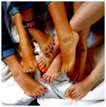 Bare Feet & Happy Colors!