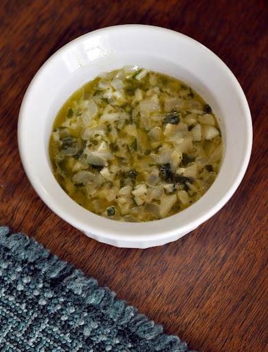 Garlic-Butter-Sauce-tasteasyougo.com