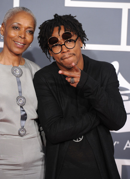 Video: J. Cole x Lupe Fiasco and their Moms on the Grammy ...