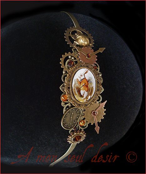 Serre Tête Lapin Blanc Alice au Pays des Merveilles Steampunk Alice in Wonderland Follow the White Rabbit Headband Headdress