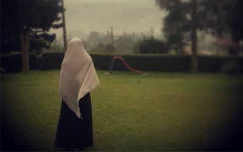 Kemana Hijab Syar'imu Ketika Seorang Pangeran Meminangmu?