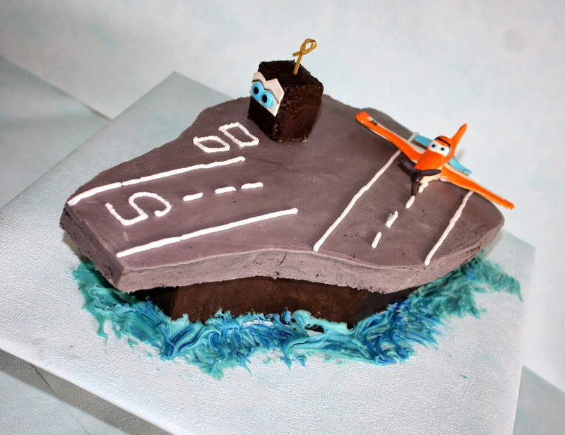 Dusty Crophopper on Chocolate Aircraft Cake