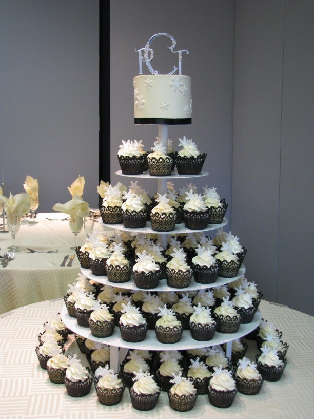 Cupcake Design For Wedding : wedding favors cheap: cupcake trees