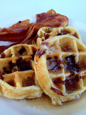 bacon, waffles, candied bacon, recipe, syrup
