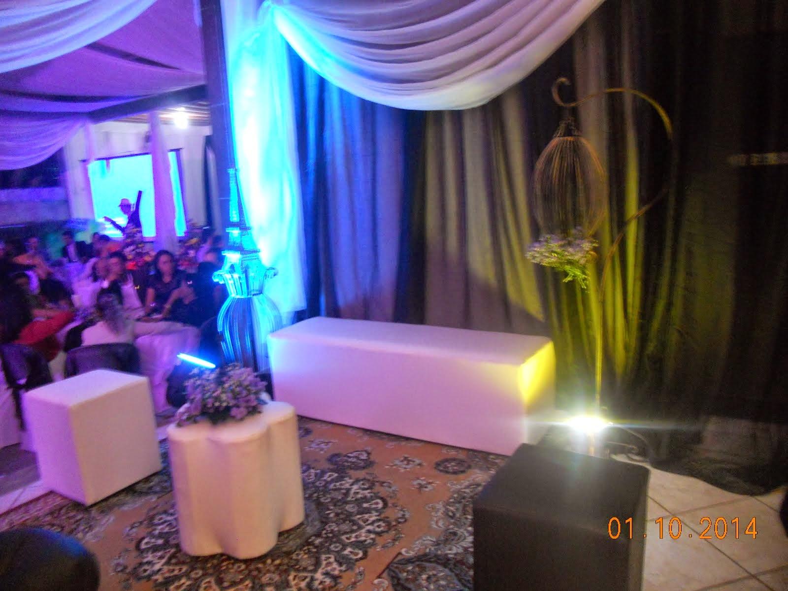 Salão decorado em Lilás e Rosa