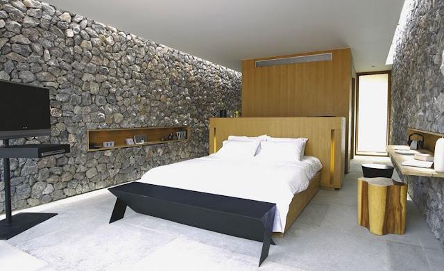 Interiores con piedras paredes ambientes gu a y - Piedra de interior ...