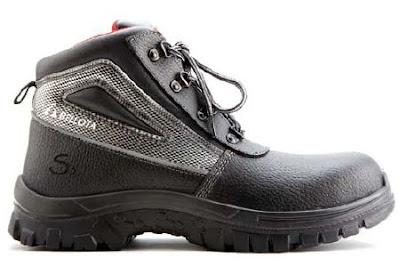 sepatu import classic boot