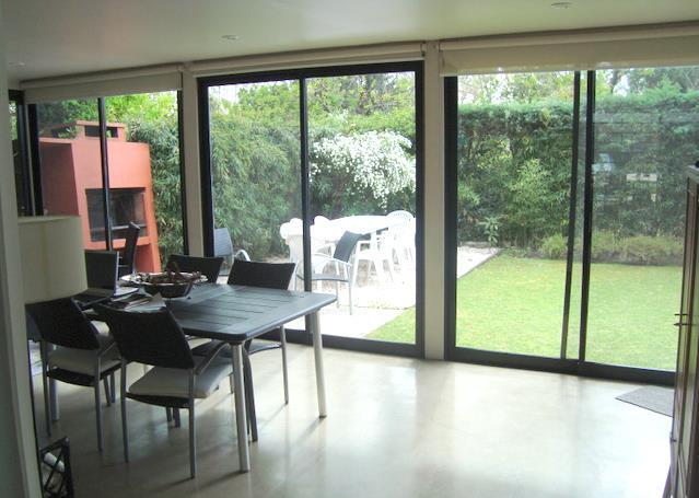 Guillermo aguerrebehere inmobiliaria 4 11 12 11 11 12 for Quincho cocina comedor