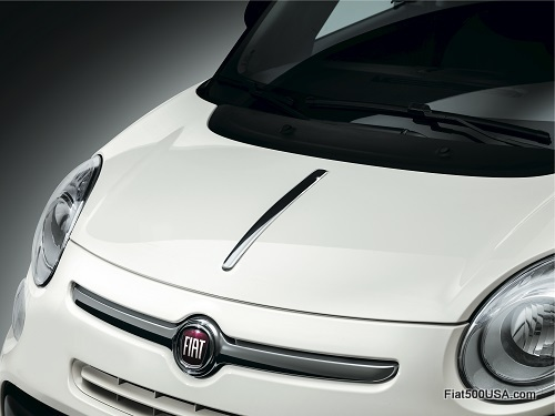 Fiat 500L Chrome Hood Spear
