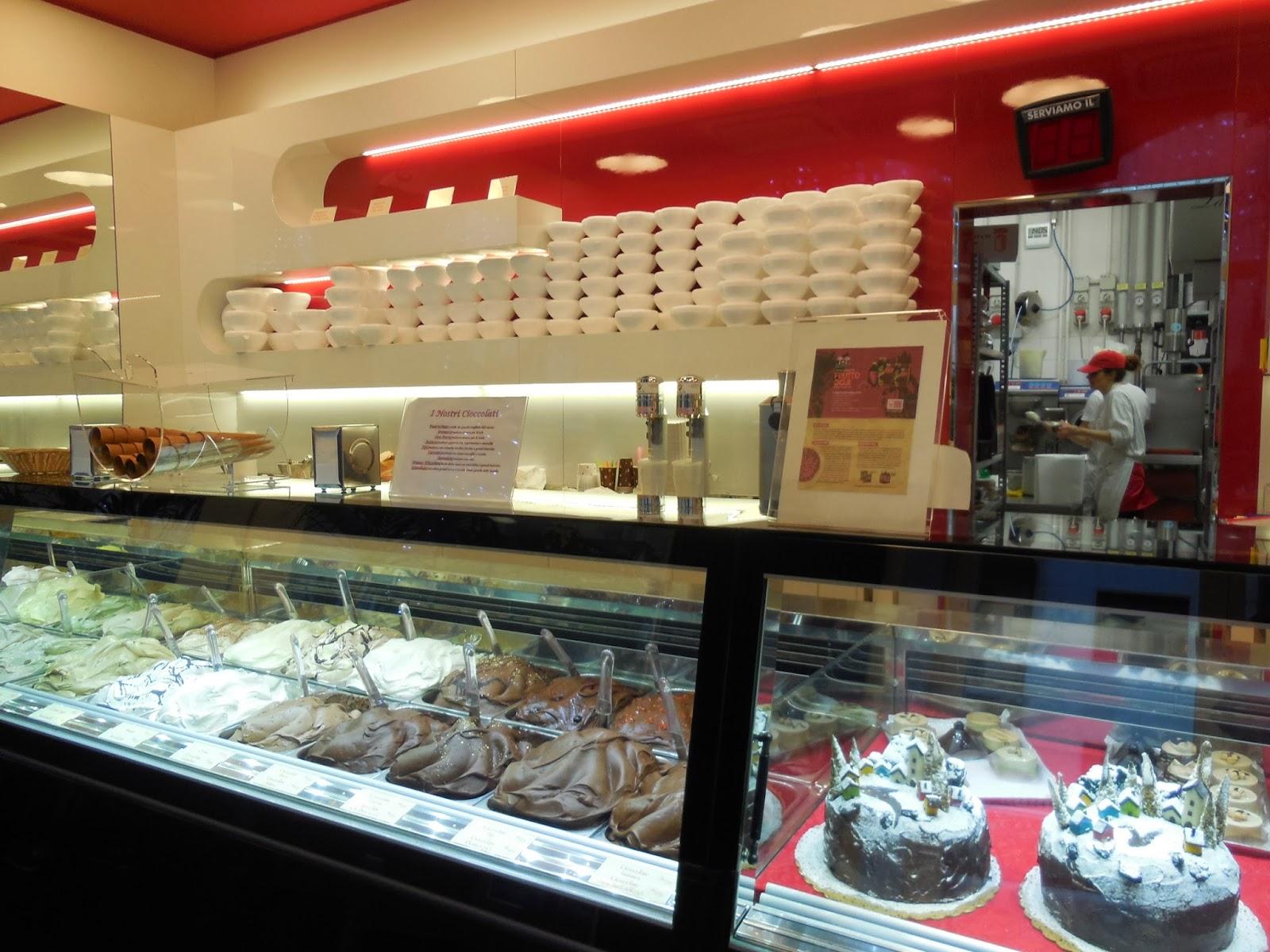 Mi selecci n de gelaterie y pasticcerie en mil n s nia - Diseno de interiores heladerias ...