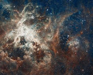 nacimiento de estrella telescopio hubble /></a></td></tr> <tr><td class=