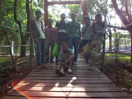 Kopdar Bareng Bloger Benteng Di taman kota 1 (ngeksis)