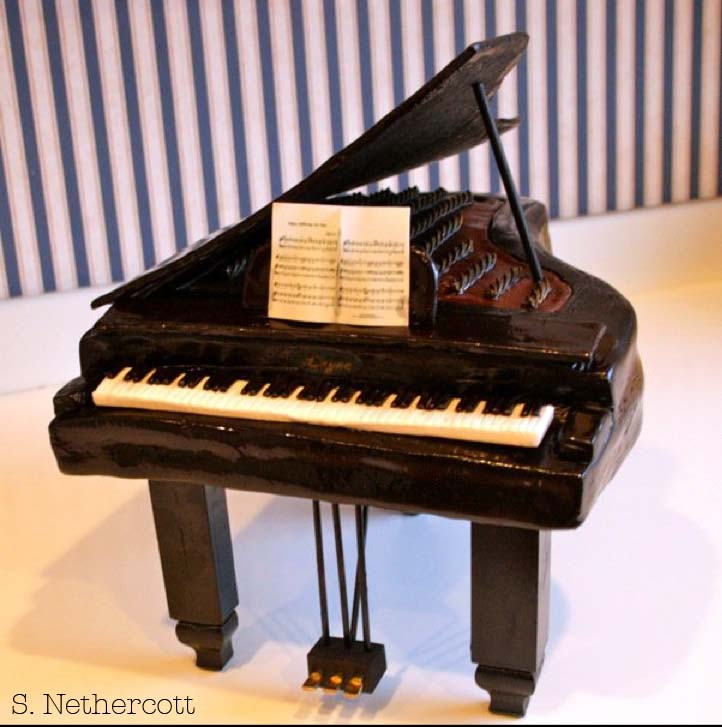 Sheet Cakes With Piano