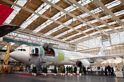 Quanto tempo dura um avião comercial? TBO+Conversion+A300+Dresden