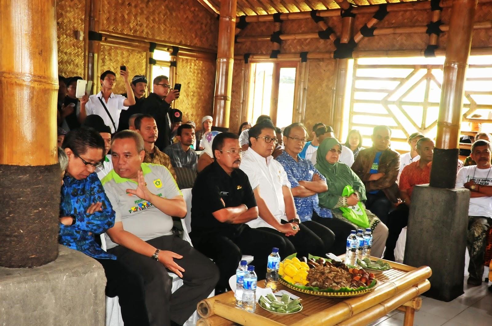 Kemen LH dan Kehutanan Launching Kampung Bambu di Bogor