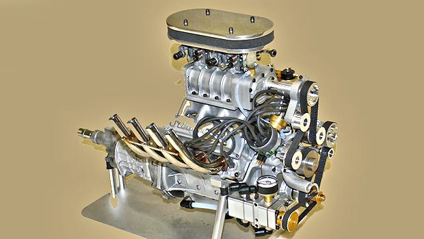 Now the smallest (quarter-scale) blown V8 gasoline engine in commercial production is being turned out by Conley Precision Engines to power.A quarter-scale gasoline-powered car is about 1.2 m (4 feet) in length, weighs around 50 kg (110 lbs), and can top out at over 160 kph (100 mph). The engines for such large models are usually two-cycle engines not dissimilar from the engines that power weedwackers and leaf blowers, typically beginning at about 33 cc (2.0 cu. in.) displacement, providing 3 to 4 hp at 6-8000 rpm.Even the larger engines for quarter scale models are simple and relatively inexpensive.