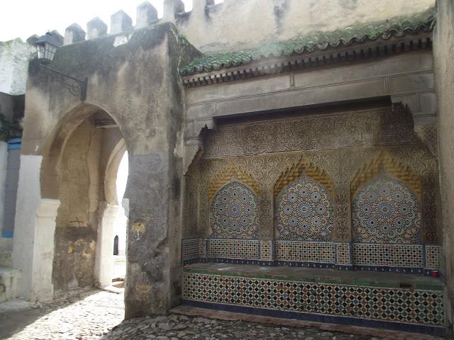 Puerta Bab El Assa, puerta de los azotes