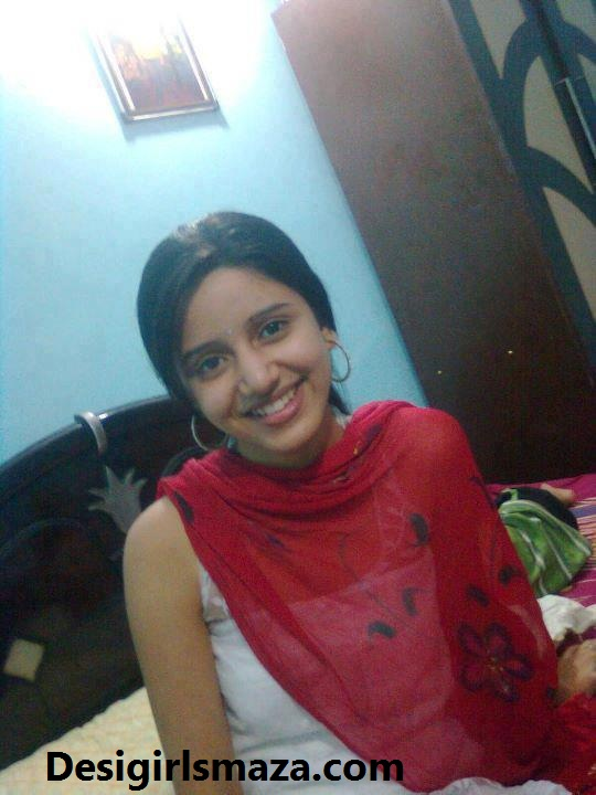 Desi girls numbers desi home girl nice smile for Desi home pic