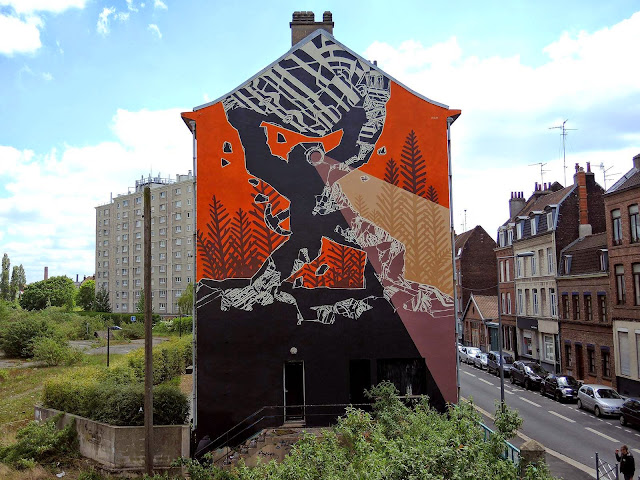 M-City is currently in Northern France where he spent the last few days on the streets of Lille working on a large-new piece.