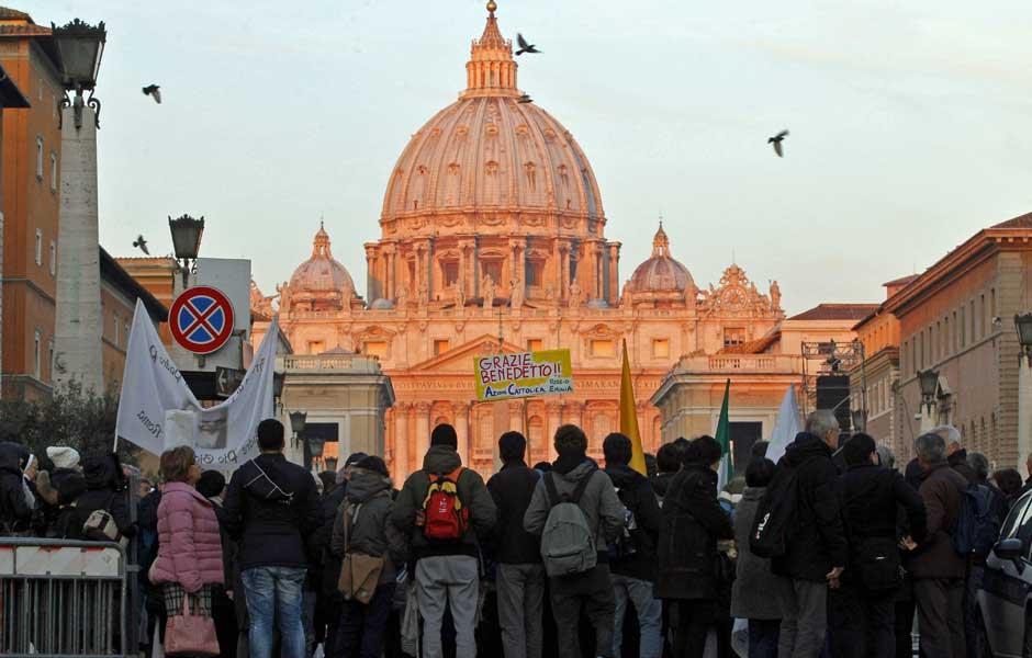 RIOVERDEMS: AO VIVO: Papa Bento XVI faz hoje última audiência