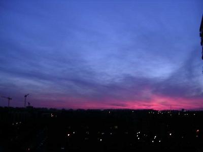 anochecer-con-nube-lila