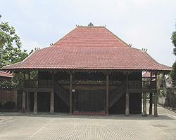 Download this Rumah Kasepuhan Cirebon picture