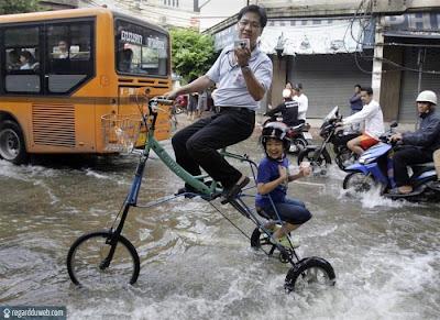 Photos droles et insolites Transport - Inondation v9