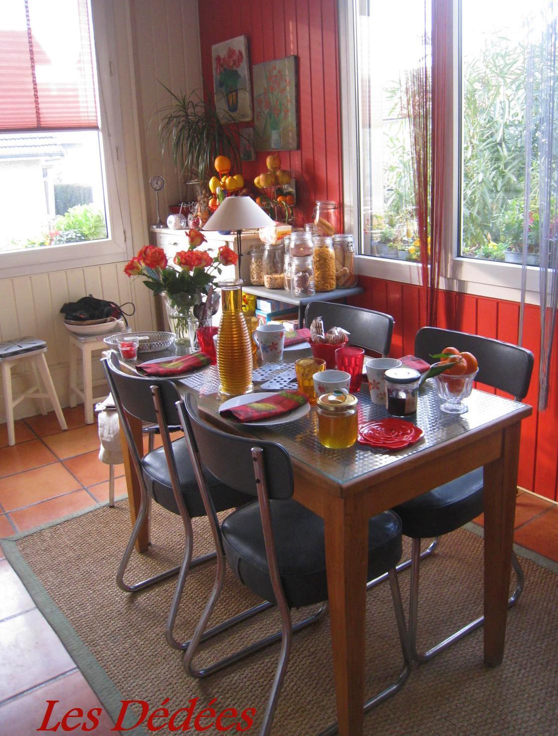 Les dedees vintage recup creations une idedee deco for Deco cuisine avec ou trouver des chaises