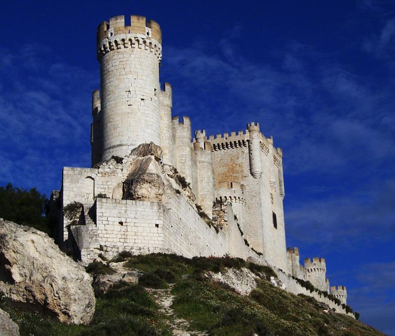 Viajaresvida - Castillo de Peñafiel