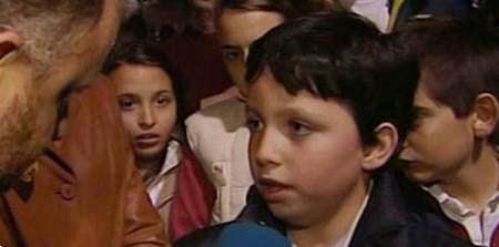 Pequeño Nicolás: Humor, cachondeo, bromas, chorradas, whatsapp, chistes, guasa y memes. Francisco, Partido Popular. CNI. Soraya Sáenz de Santamaría. FAES. Aznar. Rajoy.