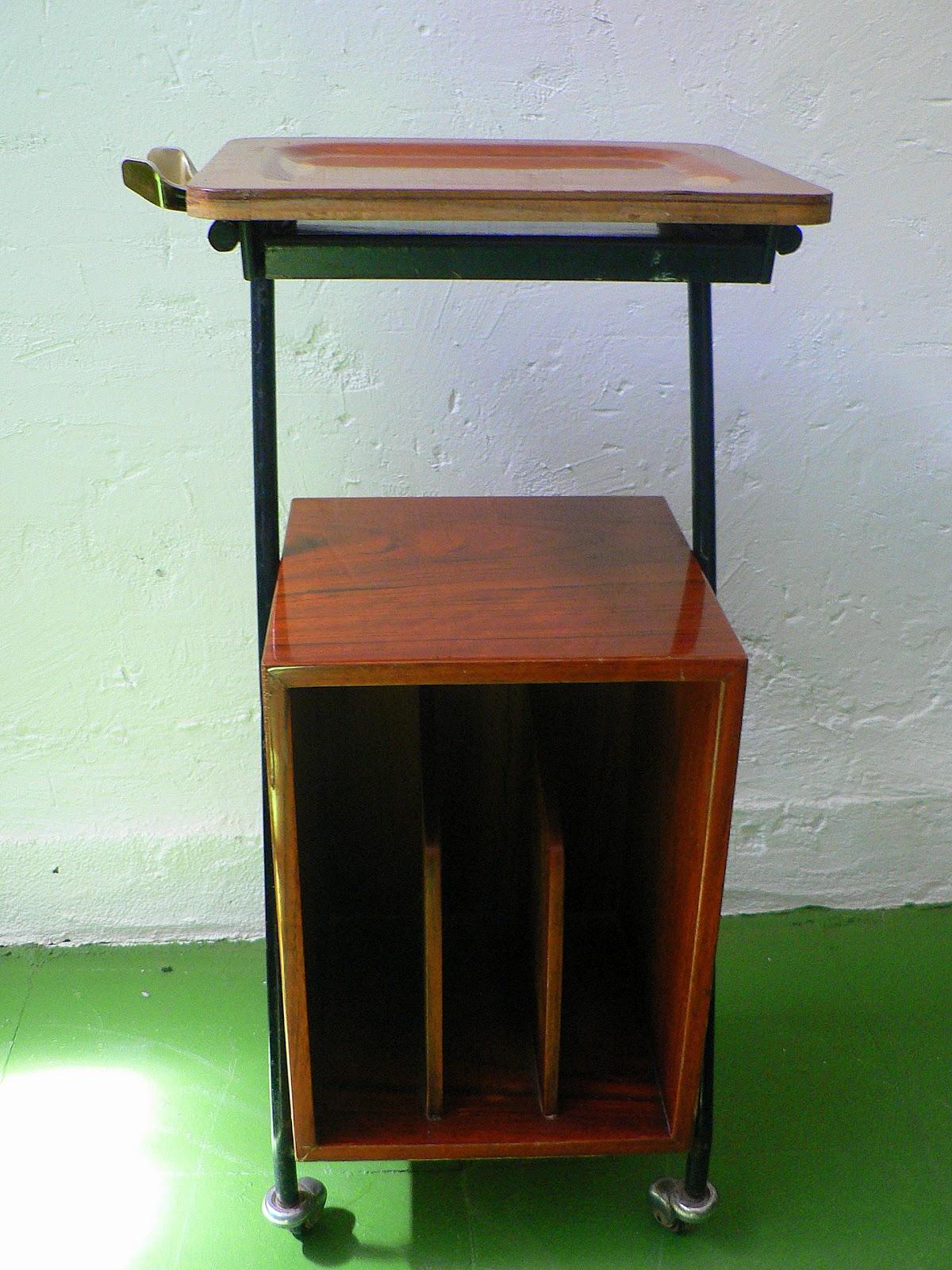Vintage kitsch siglo xx mesa telefonera auxiliar a os 50 60 for Mesa telefonera