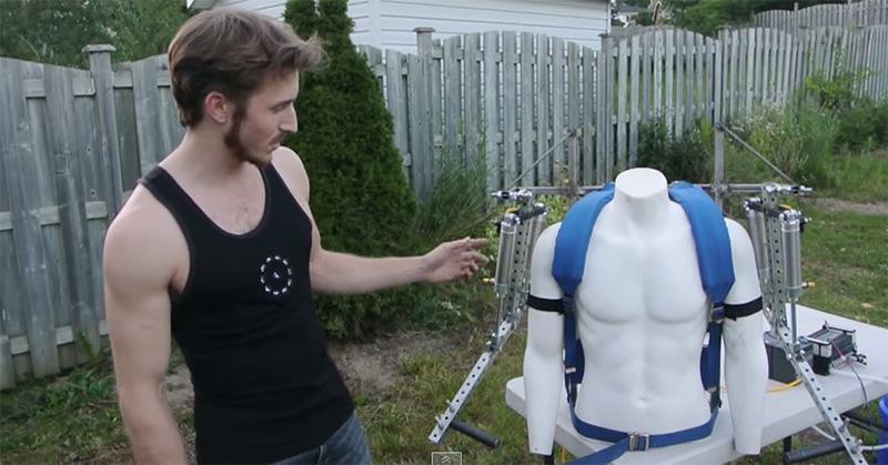 空気圧を使ったサイボーグアームを自作した人