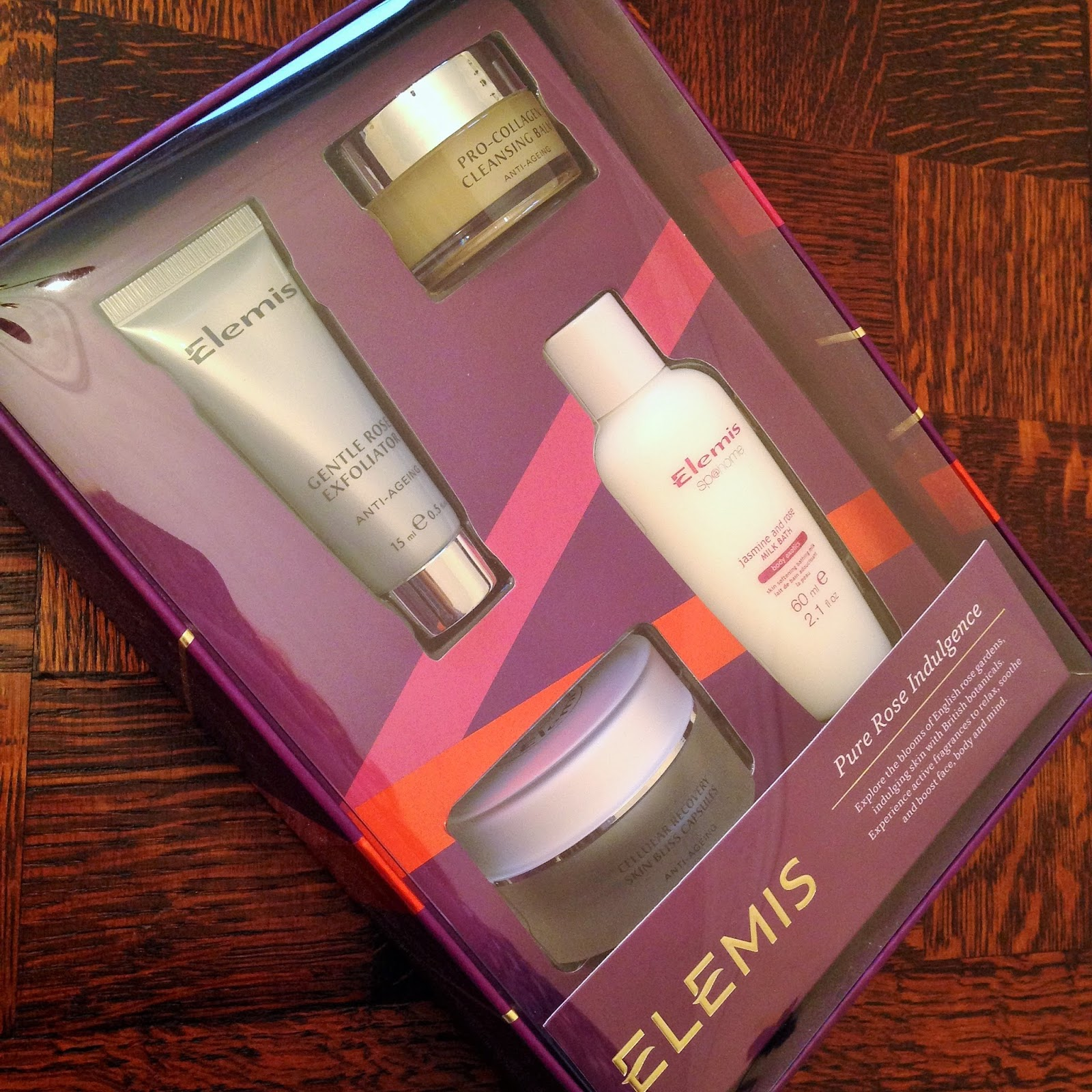 Elemis Pure Rose Indulgence Gift Set Review