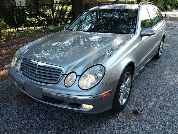 Daily turismo family class 2004 mercedes e500 4matic for 2004 mercedes benz e500 4matic