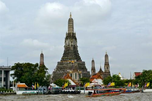 gambar wisata ke Bangkok naik kapal