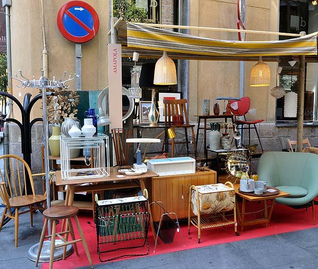 Quedamos en casa decoracci n 2011 los anticuarios - Muebles originales madrid ...
