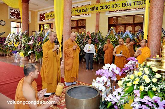 Lễ viếng Giác Linh Cố Hoà Thượng Thích Giác Dũng - letang-14