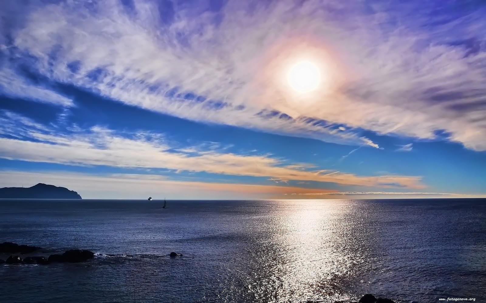 http://4.bp.blogspot.com/-KbZrV5z_uZ8/Tr1cFphqYHI/AAAAAAAAA5E/Msb3fXNhzrE/s1600/Sea+Wallpaper+07.jpg