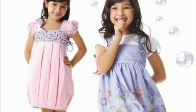 baju-anak-perempuan-warna-warni
