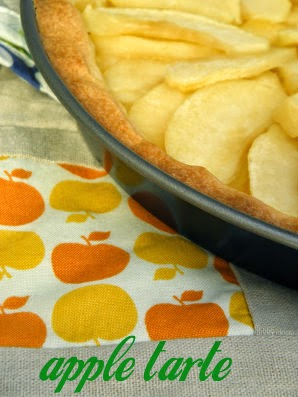 Little Kitchen recipe for making apple tarte!