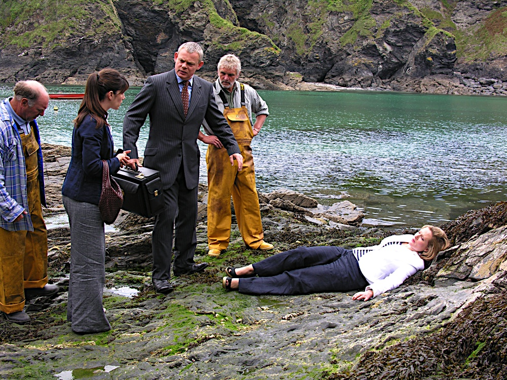 Doc Martin on the scene of an emergency