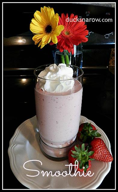 Strawberry Banana Smoothie recipe #smoothie #strawberries Ducks n a Row