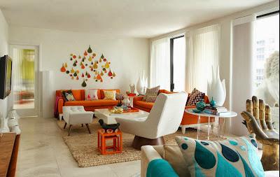 Ruang keluarga Dengan Sentuhan Warna Orange 1