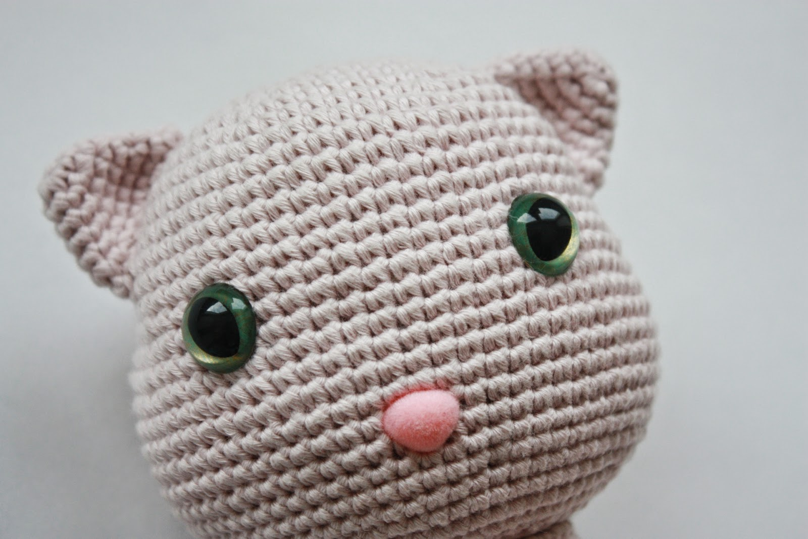 HAPPYAMIGURUMI: A New Pattern out now: Amigurumi Cat Pattern