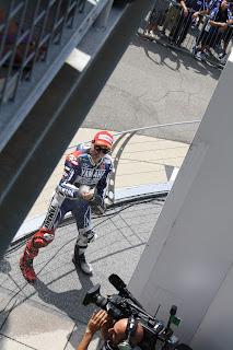 jorge lorenzo en el podium de indianapolis