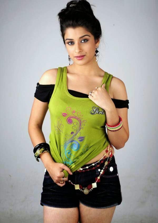 actress madhurima hot classic photos bolly actress pictures